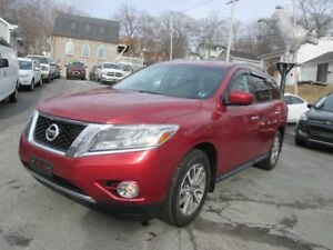 2014 Nissan Pathfinder SV 7 Passenger, Heated Steering Wheel,...