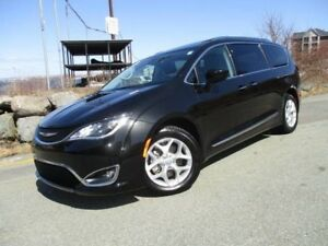 2017 Chrysler PACIFICA Touring-L PLUS (ORIGINAL MSRP $54395, NOW