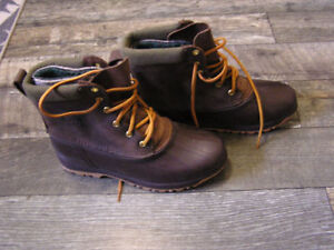 Sorel Boots like New