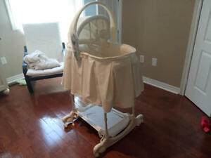 MINT First Years Bassinet