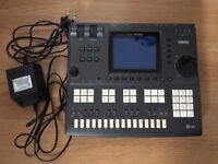 Yamaha QY700 Music Sequencer