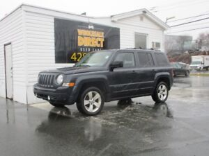 2014 Jeep Patriot SUV 5 SPEED NORTH EDITION 4WD 2.4 L