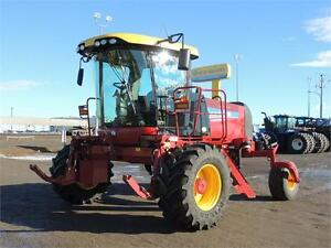 2014 NH SR200 Swather - 190HP, 36' Header, Roto-Shears, 134hrs