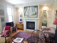 MAGNIFICENT 1,400 SQ. FT. LUXURIOUS APARTMENT IN WESTMOUNT $1765