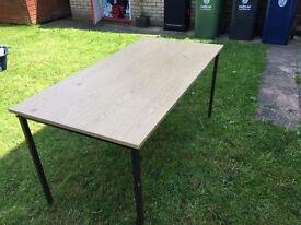 Table - light oak - very sturdy