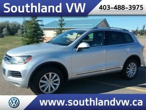 2013 VW Touareg Highline.  **LEATHER-NAV-SUNROOF**