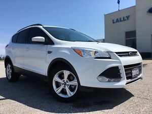 2013 Ford Escape SE FWD with Leather and panoramic roof