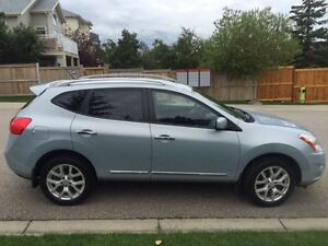 2011 NISSAN ROGUE SL with * EXTENDED WARRANTY *
