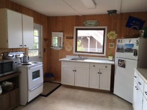 LAKEFRONT CABIN FOR RENT @FISHING LAKE