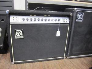 Amplificateur de guitare de marque Ampeg, model g 212