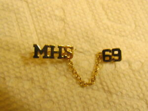 1969 MERRITTON HIGH SCHOOL GOLD GRADUATION PIN