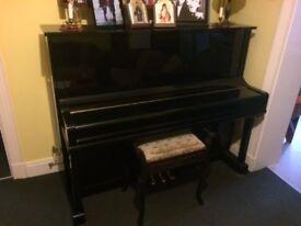 Ritter Black Gloss Upright Piano UP-121