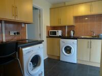 Double Room to Let in Quality Houseshare