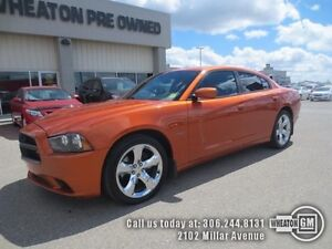2011 Dodge Charger R/T - power seats - Bluetooth - Low Mileage