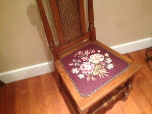 Six antique dining chairs $15 each Peterborough Peterborough Area image 2