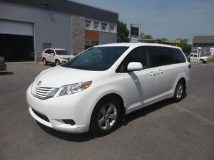 2016 Toyota Sienna LE 8pass