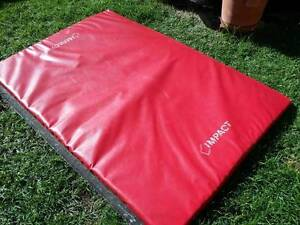 5 x QUALITY Acrobatic/Gymnastic Mats PLUS purpose built trolley Bayswater Bayswater Area Preview