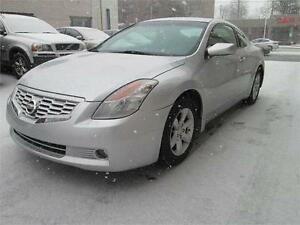 2008 Nissan Altima Coupe 2.5S/Extremely clean.