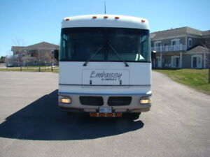 02 Embassy by Triple E  29 foot only 106000kms
