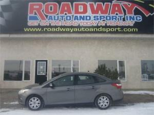 2014 Ford Focus SE   PST Paid!