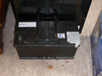 Old car battery - not working - 12V RC150 800 amps 4R83-10655-BA 90Ah.