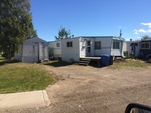2 bedroom 1 bath mobile home with RTO clause