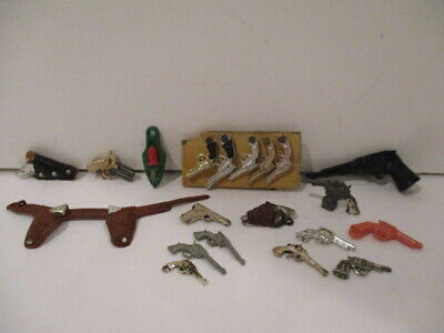Vintage Lot of 21 Small Play Toy Guns-Metal & Plastic-Prizes-Charms-Gumball-Mini