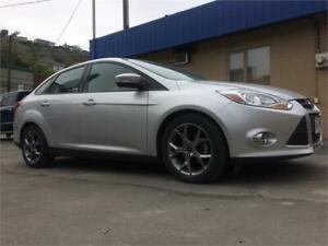 2014 Ford Focus SE PLUS PACKAGE  1 OWNER LOW KMS NO ACCIDENTS