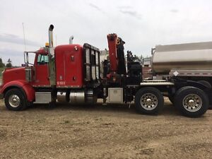 2012 Peterbilt 367 T/A picker truck