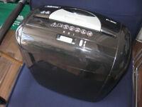 Paper shredder machine Fellows brand