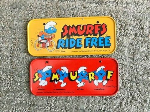 Vintage 1983 SMURFS Bicycle License Plates Lot (2)