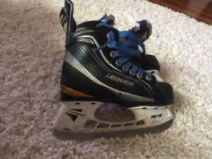 Bauer Youth Skates Size 12D