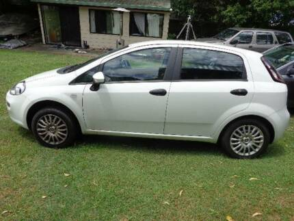 2013 Fiat Punto Hatchback 12,000klm AS NEW 4cyl 5 Speed Manual Tamborine Ipswich South Preview