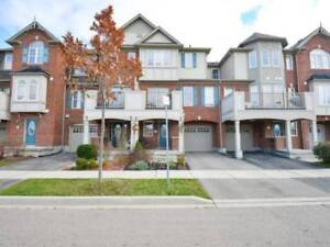 Don't Miss!! 2 Bed Townhouse Home in Milton