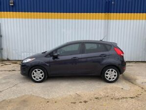 2013 Ford Fiesta SE ONLY 130K!! FULLY LOADED!! NO ACCIDENTS!!