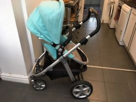 Mamas & Papas Travel System with rain cover, carry cote & foot muff!