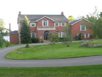5 BDRM ESTATE ON 2 ACRES OF WATERFRONT PROPERTY - Driftwood Dr