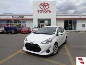 2015 Toyota Prius c UPGRADE PACKAGE ONLY 8189 KMS! LIKE NEW