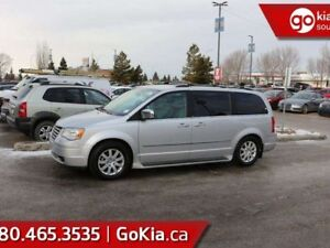 2010 Chrysler Town & Country TOURING; GREAT VAN, A BACKUP CAM, C