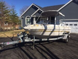 2005 SX195 Glastron 19.5 Foot Bowrider  140 Hours