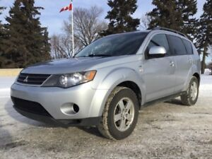 2008 Mitsubishi Outlander, LS-PKG, AUTO, 4X4, FULLY LOADED!
