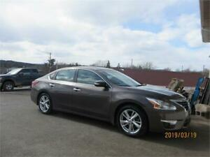 $79 BI WKLY OAC! NAVIGATION! LEATHER! 2013 Nissan Altima 2.5 SL.