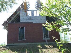 Bâtisse en construction à Hacheyville pour moins de $ 20,000