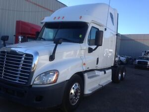 Call Syed for 2012 Freightliner Cascadia 72' Sleeper Double bunk