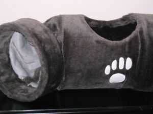 Plush Long Cat Expendable Tunnel With Two Extra Holes - Gray Peterborough Peterborough Area image 6
