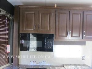 **HUGE FRONT KITCHEN**COUPLES PARK MODEL FOR SALE **CLEARANCE** Kitchener / Waterloo Kitchener Area image 7