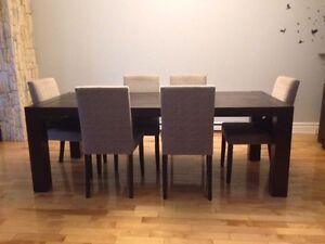 TABLE 100X200 & CHAISE DOSSIER HAUT - MAISON CORBEIL