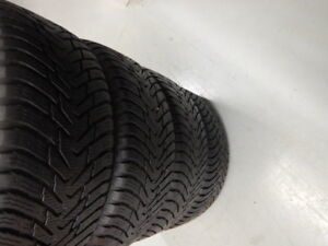 4x255-55 R19    NOKIAN                   HIVER\WINTER