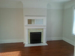 Recently Renovated 2 BRM Apt. @ Roncesvalles / High Park