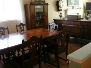 ANTIQUE DINING ROOM SET HUTCH + CHINA CABINET